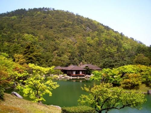 菊月亭(香川県高松市栗林公園)