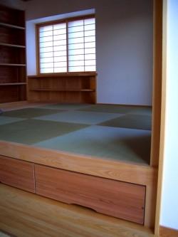 田原本の3階建て2