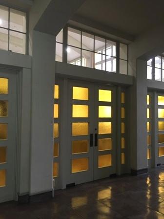 ノートルダムホール本館エントランスホール